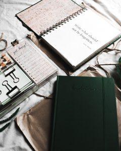 jurnal - unde ne grăbim cu toții