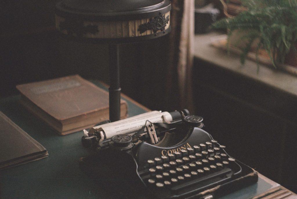 scris masterclass dan brown
